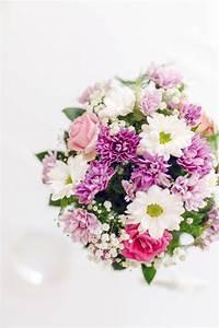 Beau Bouquet De Fleur : beau bouquet de fleur avec des couleurs vives photo stock ~ Dallasstarsshop.com Idées de Décoration