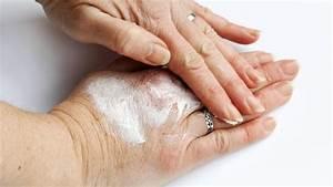 Trockene Hände Kokosöl : trockene h nde richtig pflegen in corona zeiten ratgeber ~ Watch28wear.com Haus und Dekorationen