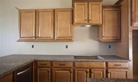 comptoir cuisine stratifié 3 types de comptoirs de cuisine à bas prix trucs pratiques