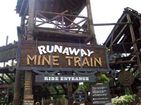 The Runaway Mine Train (POV) Alton Towers Staffordshire ...