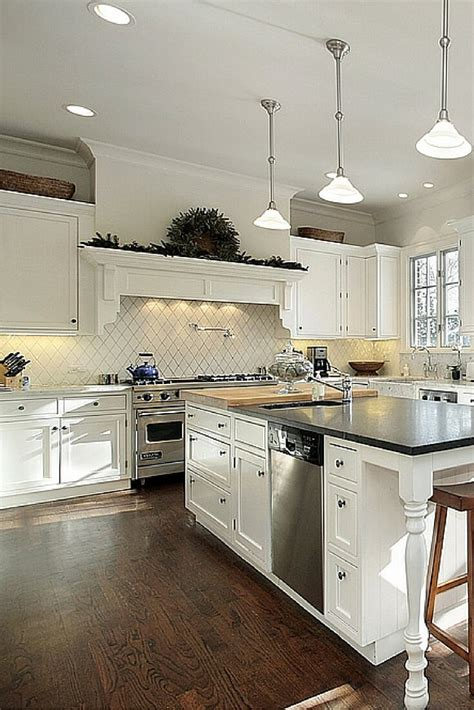 Top 38 Best White Kitchen Designs (2017 Edition. Rubber Floor Mats Kitchen. Kitchen Floor Ceramic Tile. How To Install A Backsplash In Your Kitchen. Rubber Kitchen Floor Tiles. Kitchen Countertops Backsplash. How To Install A Kitchen Sink In A New Countertop. How To Measure Kitchen Countertops. Kitchen With Light Wood Floors