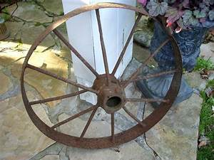 Vintage Antique Wagon Wheel Rustic Home Decor Garden