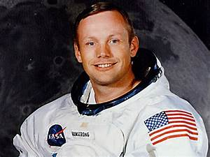 Astronaut Neil Armstrong - Photo 1 - Pictures