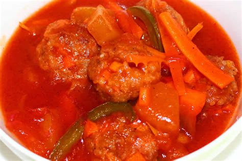cuisiner des boulettes de viande boulettes de viande à la sauce tomate au cookeo