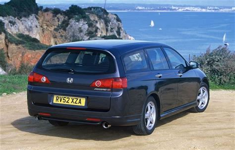 honda accord tourer  car review honest john