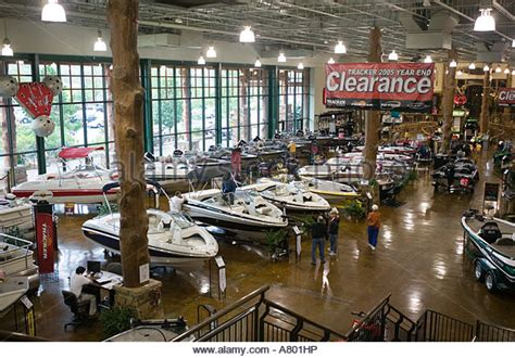 Bass Pro Hunting Boats by Bass Pro Shops Outdoor World Stock Photos Bass Pro Shops
