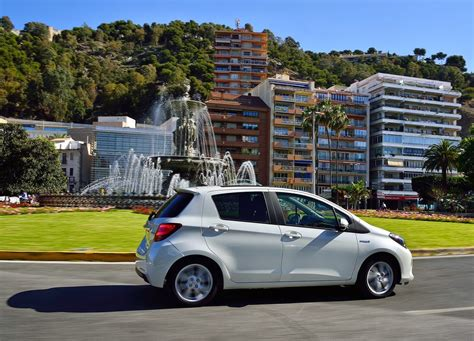 Toyota Yaris Backgrounds by Toyota Yaris 2015 Awesome Wallpaper Car Wallpaper Hd