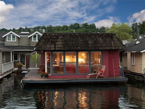 Boat House For Sale Seattle by Houseboats For Sale Seattle