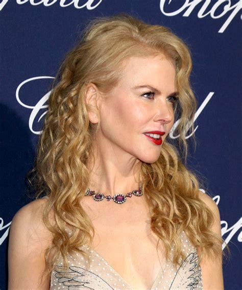 Nicole Kidman Long Curly Formal Hairstyle Light Golden
