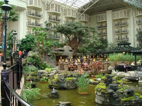 reviews of kid friendly hotel gaylord opryland hotel nashville tennessee nashville