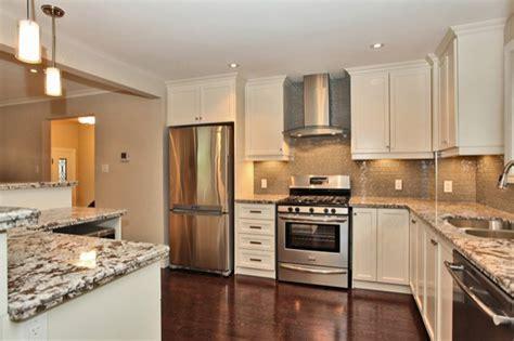Advance Kitchen Cabinets