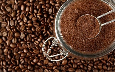 Why you should save all those used coffee grounds. 15 Best Uses of Coffee Grounds | https://www.biggietips.com
