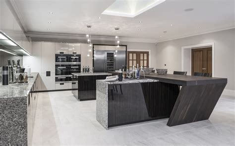 10 Examples Of Luxury Kitchen Design To Inspire You
