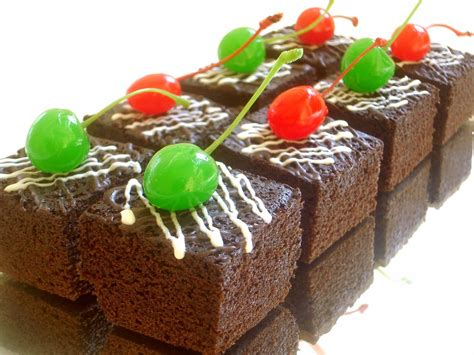 Bagi anda penggemar berat coklat, resep brownies panggang lembut ini bisa anda praktekkan di rumah. Resep Cara Membuat Kue Brownies Kukus Coklat Lezat Enak dan Mudah | Resep Masakan Sehari-hari ...