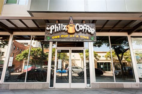 I recently went to their wicker park location with my brother and we tried two of their iced coffee drinks! Philz Coffee, Bringing Creative Brews To Santa Monica - Eater LA
