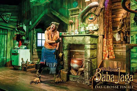 die hexe baba jaga die offizielle seite zum theaterstueck