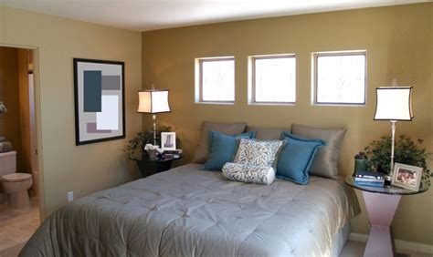 window decor ideas for the bedroom pin by betty charleston on decorating ideas