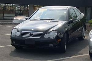 Mercedes Classe C 2002 : file 2002 mercedes benz c class wikimedia commons ~ Gottalentnigeria.com Avis de Voitures