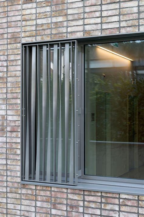 einbau fenster klinkerfassade wohn und gesch 228 ftshaus specogna 1a hunkeler fenster ag und 1a hunkeler holzbau ag