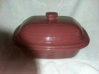 pampered chef cranberry  qt deep covered casserole dutch oven stoneware ebay