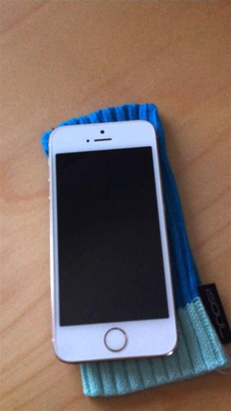 broken iphone 5s broken iphone 5s a simple of luxury