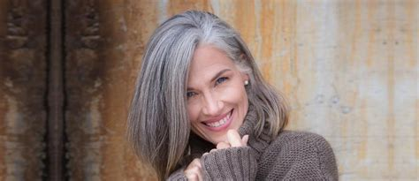 70 Hot Hairstyles For Women Over 50