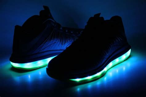nikes that light up 78 best images about mens light up custom shoes on