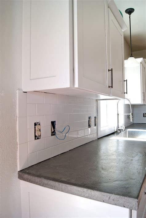 installing subway tile backsplash in kitchen subway tile installation tips on grouting with fusion 8999