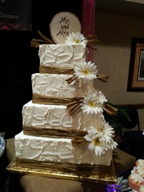 17 Best Ideas About Country Wedding Cakes On Pinterest