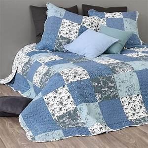 Couvre Lit Bleu : boutis et taies d 39 oreiller 230 x 250 cm zoe bleu couvre lit boutis eminza ~ Teatrodelosmanantiales.com Idées de Décoration