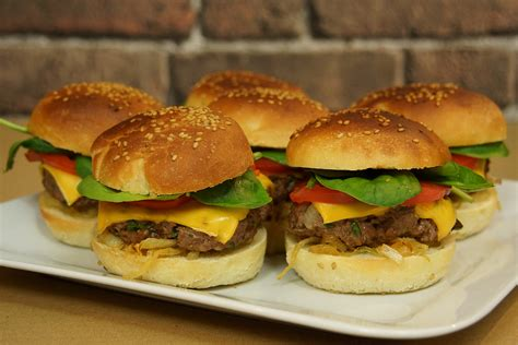 hervé cuisine pizza recette facile des burgers maison avec hervé cuisine