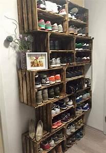 Idee Rangement Chaussure : les 25 meilleures id es de la cat gorie rangement chaussures sur pinterest meuble chaussure ~ Teatrodelosmanantiales.com Idées de Décoration