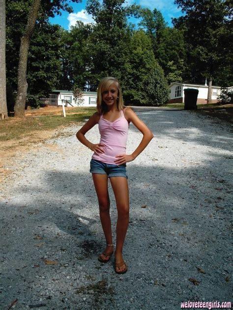 Cute Budding Teen Bikini Nude Pic
