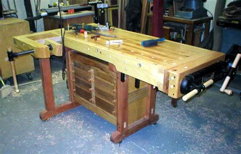 charlie bs making  cabinet makers bench index