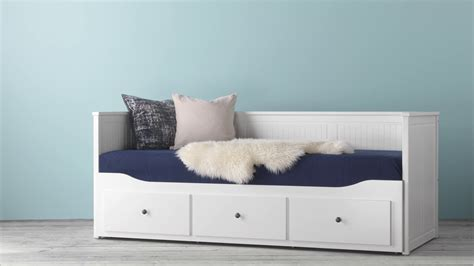 ikea hemnes daybed   drawers mattresses youtube