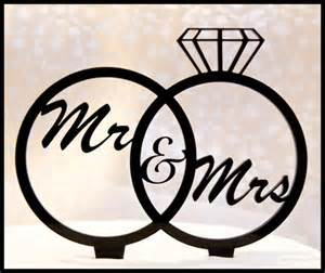 inexpensive wedding favors mr mrs cake topper inexpensive wedding cake toppers