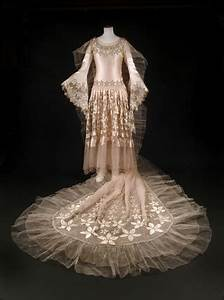 Designer Broom Wedding Dress Ensemble By Norman Hartnell 1928 By Norman
