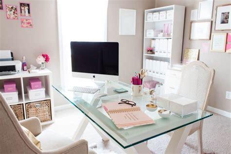 decorer un bureau décorer bureau simplement et rapidement déco