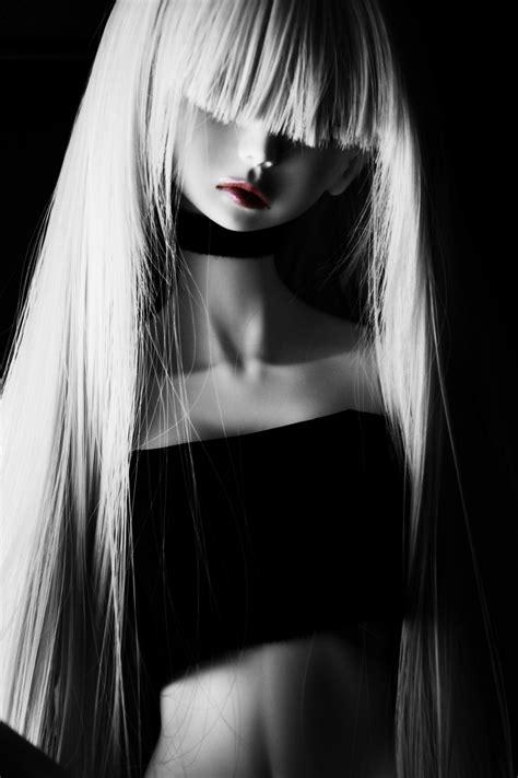 Igual lo perdimos físicamente, porque gustavo ha dejado una marca en cada uno que escucho, al menos una vez, sus cancaciones. Fotos gratis : en blanco y negro, niña, mujer, cabello ...