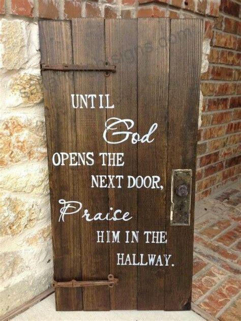 god opens   door praise    hallway