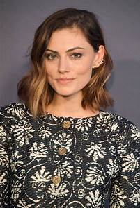 PHOEBE TONKIN at 2017 Instyle Awards in Los Angeles 10/23 ...