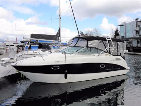 Motor Boats For Sale Vancouver Bc 2008 maxum 2700 se boat for sale 27 foot 2008 motor boat