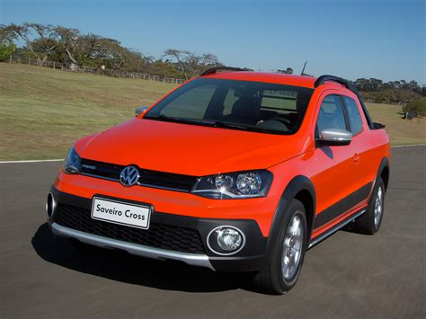 volkswagen saveiro cross pickup  crew cab version