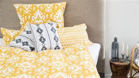 la chambre gogh housse de couette jaune touche de fantaisie westwing