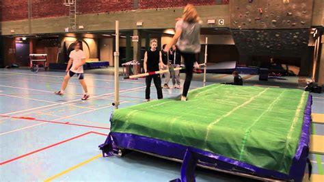 High Jump Training at NIH - YouTube
