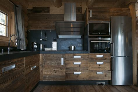 cuisine style montagne davaus decoration cuisine chalet avec des idées intéressantes pour la conception de la