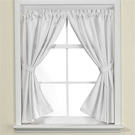 Small Waterproof Bathroom Window Curtains by Bathroom Window Curtains Design Ideas Karenpressley