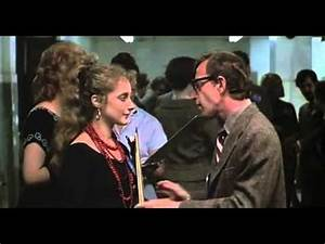 Actors who appeared in Annie Hall before they were famous ...