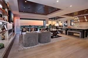 Extravagant Home In Corona Del Mar  California