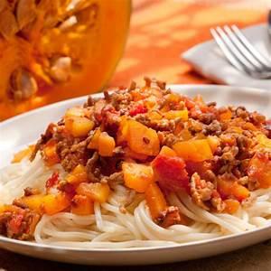 Spaghetti Mit Kürbis : spaghetti mit k rbis bolognese rezepte wochenblatt f r ~ Lizthompson.info Haus und Dekorationen